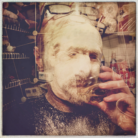 directions: 2 or 3 handfuls, king arthur flour,  2 shots of oban, hipstamatic multi, madalena lens, robusta film, no flash