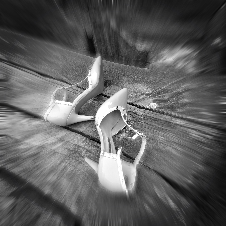 heels off