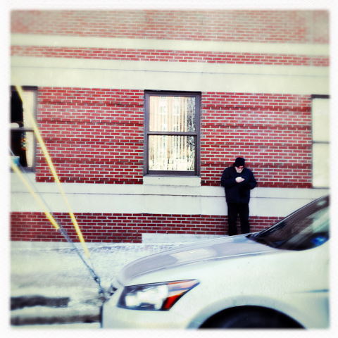 '...ok. am here. leaning against brick building as discussed... where r u??'
