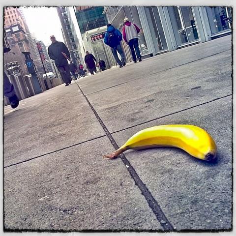 sidewalk. a peel.