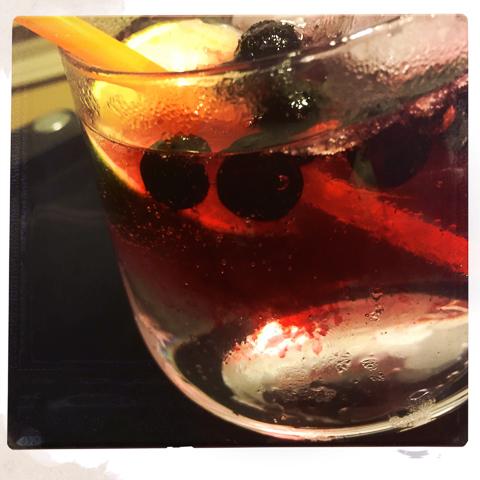 hendrick's gin, fever tree tonic, lime, wild blueberries